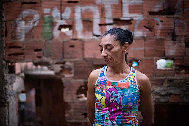 Elizabeth Gomes da Silva, esposa del albañil Amarildo de Souza, quien desapareció de la favela Rocinha, en julio de este año. Fotografía: Daniel Marenco/Folhapress