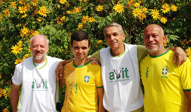 De izquierda a derecha: Joel Caldeira, Flávio Carreira, Adalberto Serafin y Clovis de Oliveira da Silva. Fotografía: Milli Legrain.