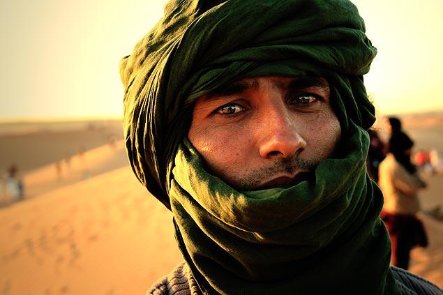 Según ACNUR, más de 200.000 saharauis, ciudadanos españoles hasta 1975, sobreviven en los campos de refugiados de Argelia desde hace 40 años. Fotografía: José Antonio Bautista.