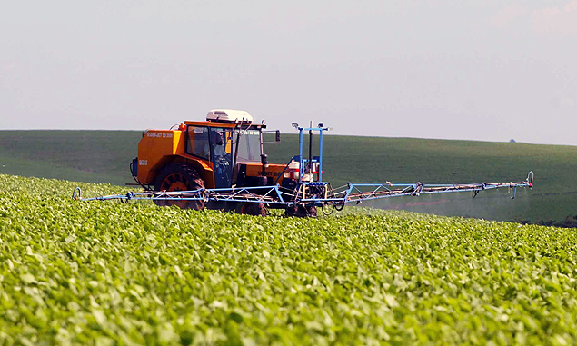 El pujante agronegocio brasileño necesita cada vez más fertilizantes. Marruecos controla las minas de fosfatos saharauis. Fotografía: Juca Varella/Folhapress.