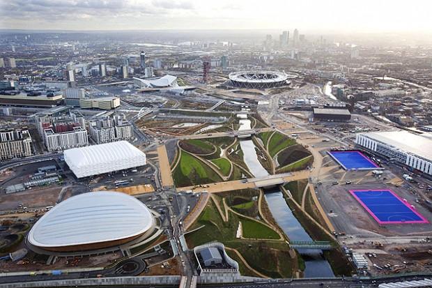 Vista aérea del Parque Olímpico, núcleo de las instalaciones y pruebas deportivas de las Olimpíadas de Londres 2012. Fotografía: Anthony Charlton/Efe.