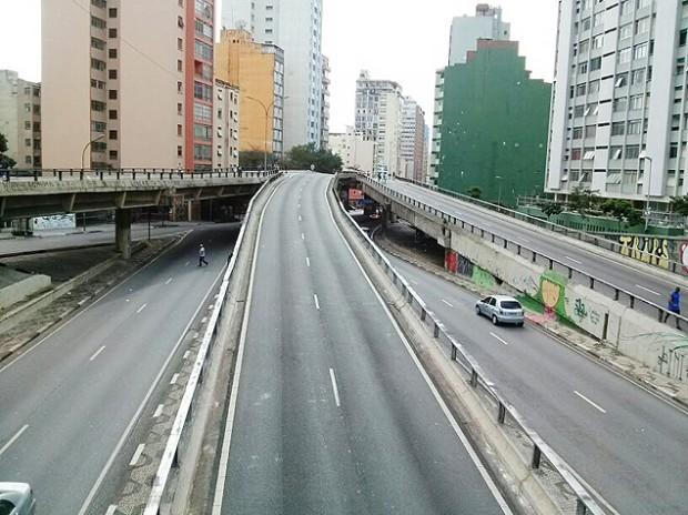 Los domingos y feriados el tránsito está vetado. Fotografía: Esteban Nieto.