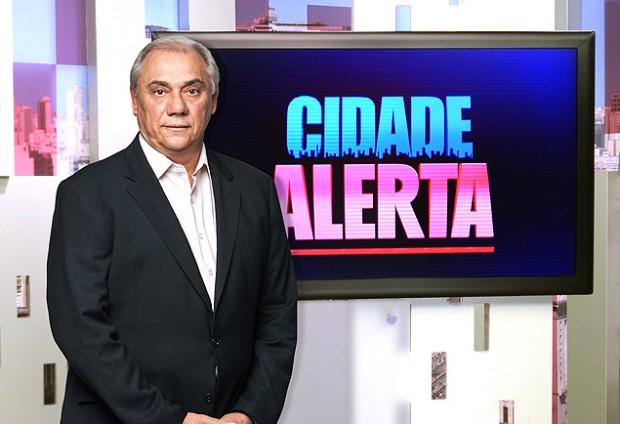 """Marcelo Rezende, conductor de """"Cidade Alerta"""". Fotografía: Edu Moraes/Divulgação Record."""