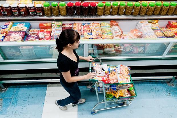 Por la crisis, los consumidores se volcaron a las marcas más baratas. Fotografía:
